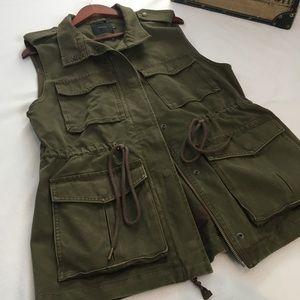 Aritzia Talula Green Utility Style Vest